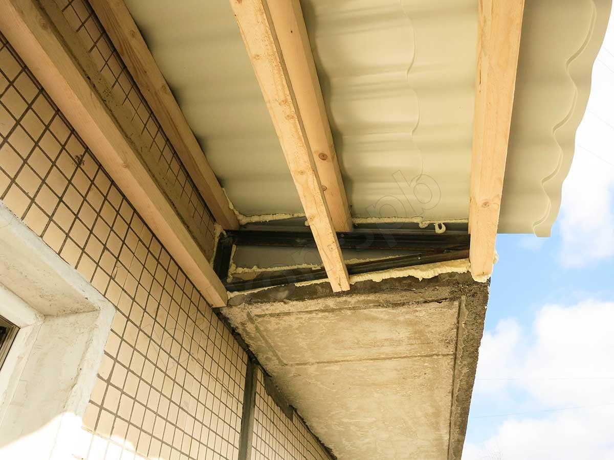 крыша для балкона из бруса