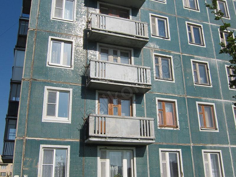 Остекление и отделка балконов под ключ в спб.