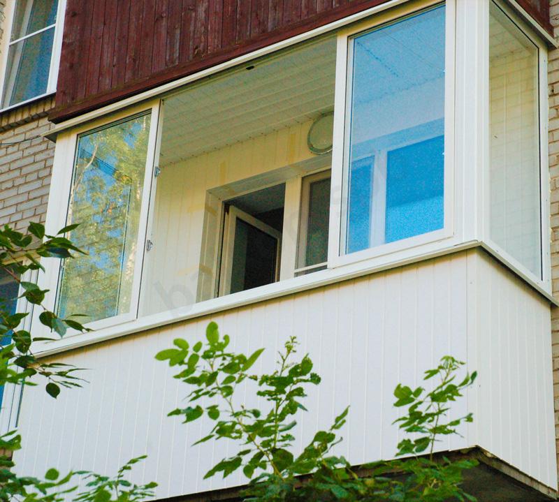 остекление балконов преимущества